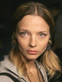 Голая Грудь Людмилы Куреповой – Агент Национальной Безопасности (1999)