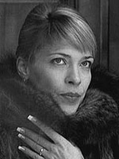 Картинки по запросу Мария Звонарёва человек у окна